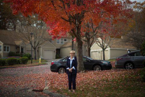 65-летняя Коллин Платт дома вТоррингтоне, Коннектикут. Доктор Клюгер лечила её от почечного рака последней стадии, и,благодаря иммунотерапии, больной стало значительно лучше.