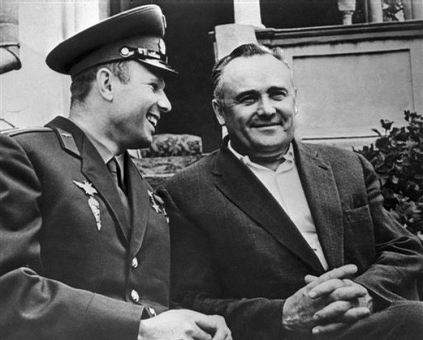 Юрий Гагарин иСергей Королёв.