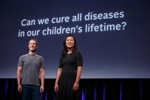 «Можем ли мы вылечить все болезни за время жизни наших детей?»,— спрашивают Присцилла Чан иМарк Цукерберг.