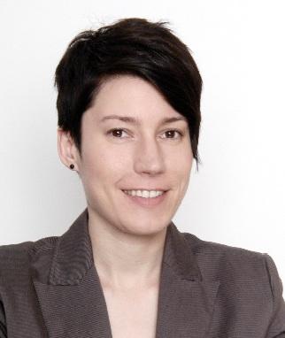 Доктор Кристин Эккер, руководитель исследования по поиску связей между половыми особенностями строения мозга ириском развития РАС.