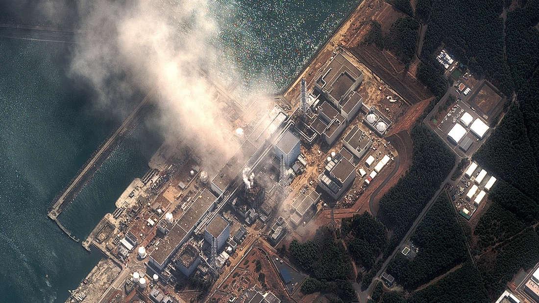 """Спутниковый снимок """"Фукусимы"""" 14 марта 2011г., три дня после катастрофы."""