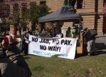 """Введение новых правил выплаты пособий вызвало ряд протестов. Однако австралийское правительство решило, что принятие """"жёстких мер"""" в данном случае целесообразно."""