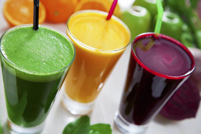Все знают, что соки полезны. Но мало кто вкурсе, что это утверждение практически неподтверждено результатами научных исследований.