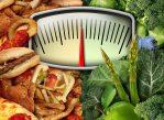 Принципы здорового питания широко известны. Но далеко не все способны ограничивать себя в питании каждый день. Однако, если верить авторам нового исследования, в этом и нет особой необходимости.