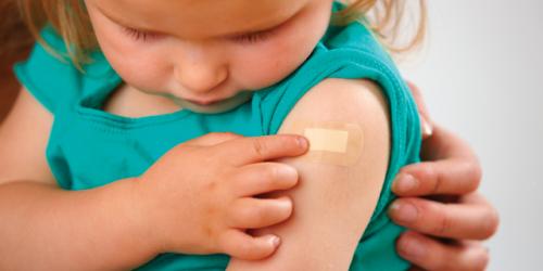 Частота развития осложнений после прививок вРоссии— 1 случай на550000.