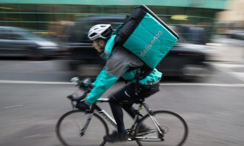 Для работников гиг-экономики, таких как курьеры Deliveroo иводители Uber, опция отключения практически невозможна