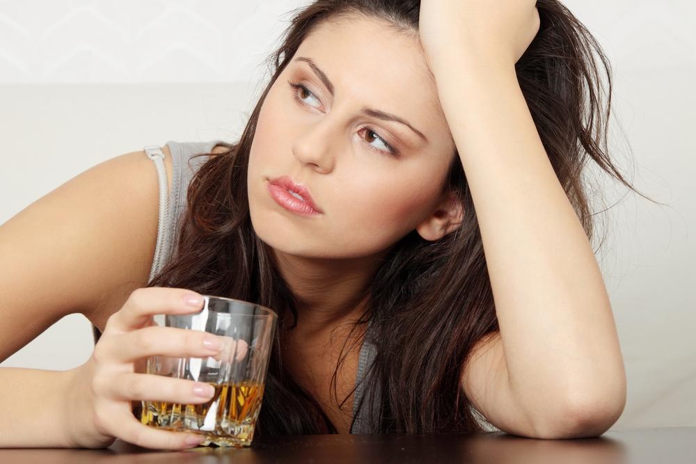 Чем лечить запой у женщины