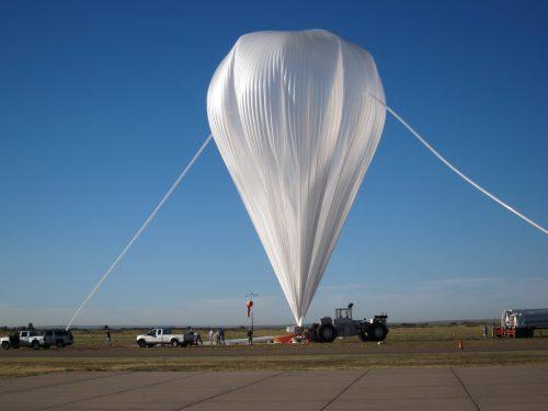Учёные использовали аэростат под названием E-MIST (Exposing Microorganisms in the Stratosphere, буквально «Воздействие стратосферы намикроорганизмы»).