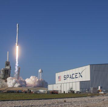 SpaceX впервые запустил «бывшую вупотреблении» ракету