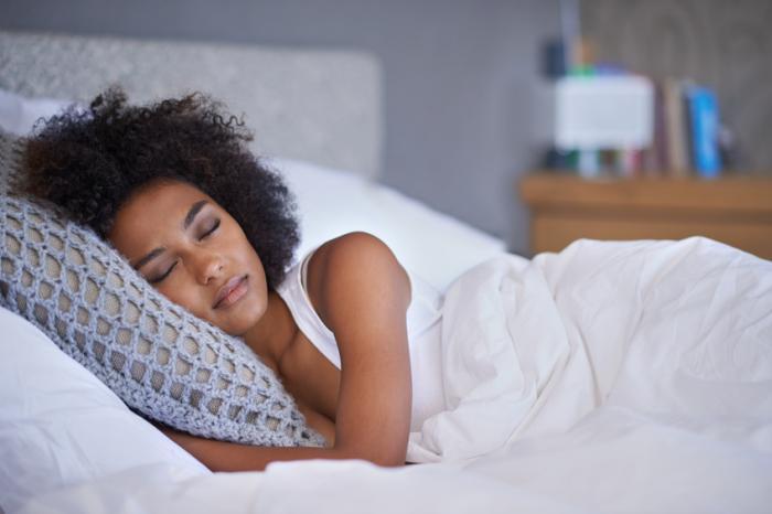Повышение качества сна вплане улучшения качества жизни важнее, чем количество часов, проведённых вкровати.