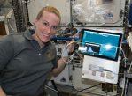 Астронавт Кейт Рубинс впервые истории секвенировала геном в космосе.