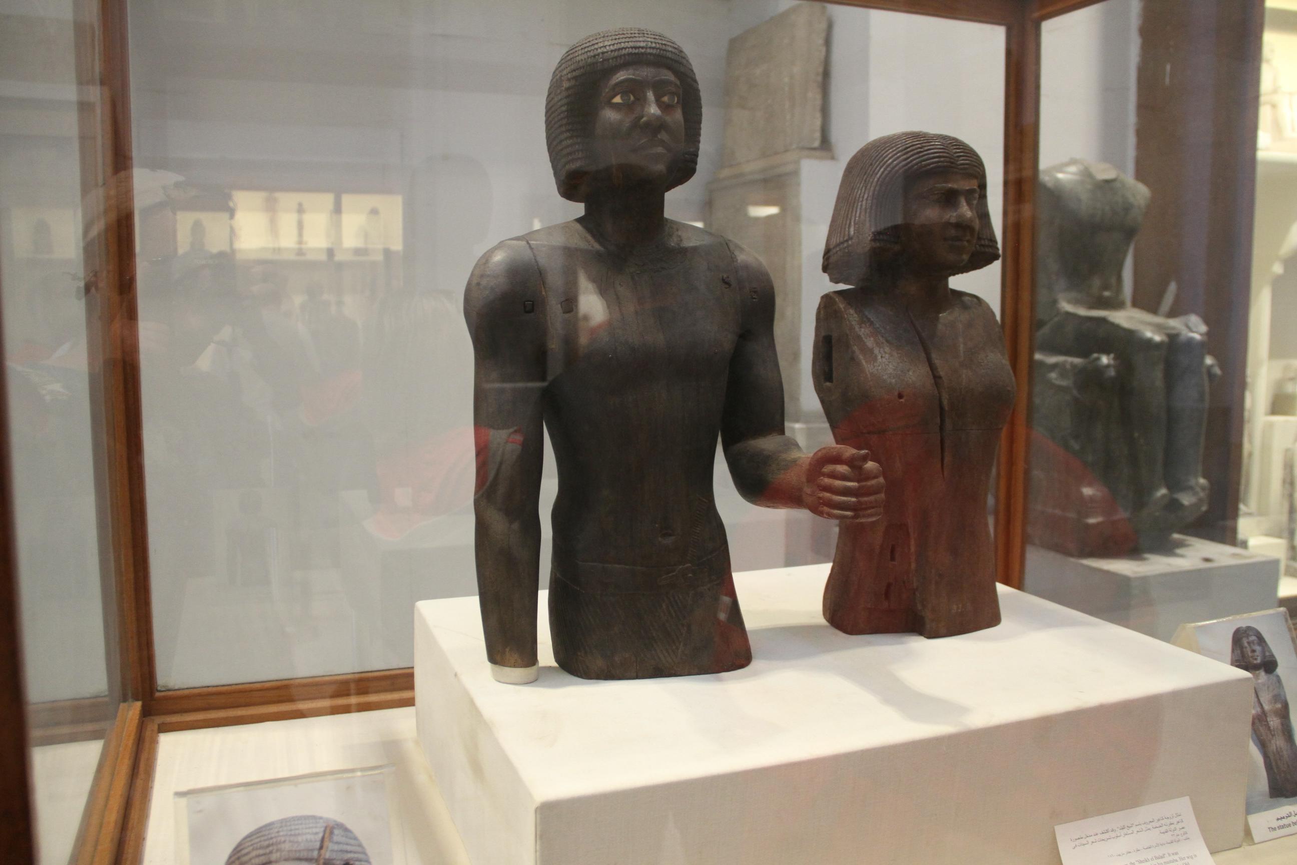 Статуи вКаирском музее