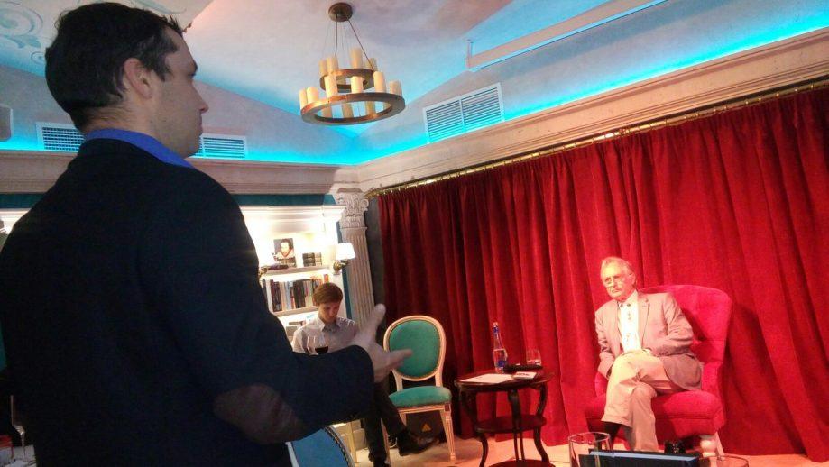 Георгий Соколов спрашивает Ричарда Докинза олженауке.