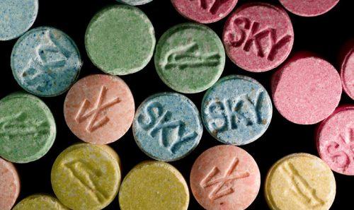 Пока MDMA известен прежде всего как «клубный наркотик», но уже вближайшем будущем она может стать официально признанным лекарственным средством.