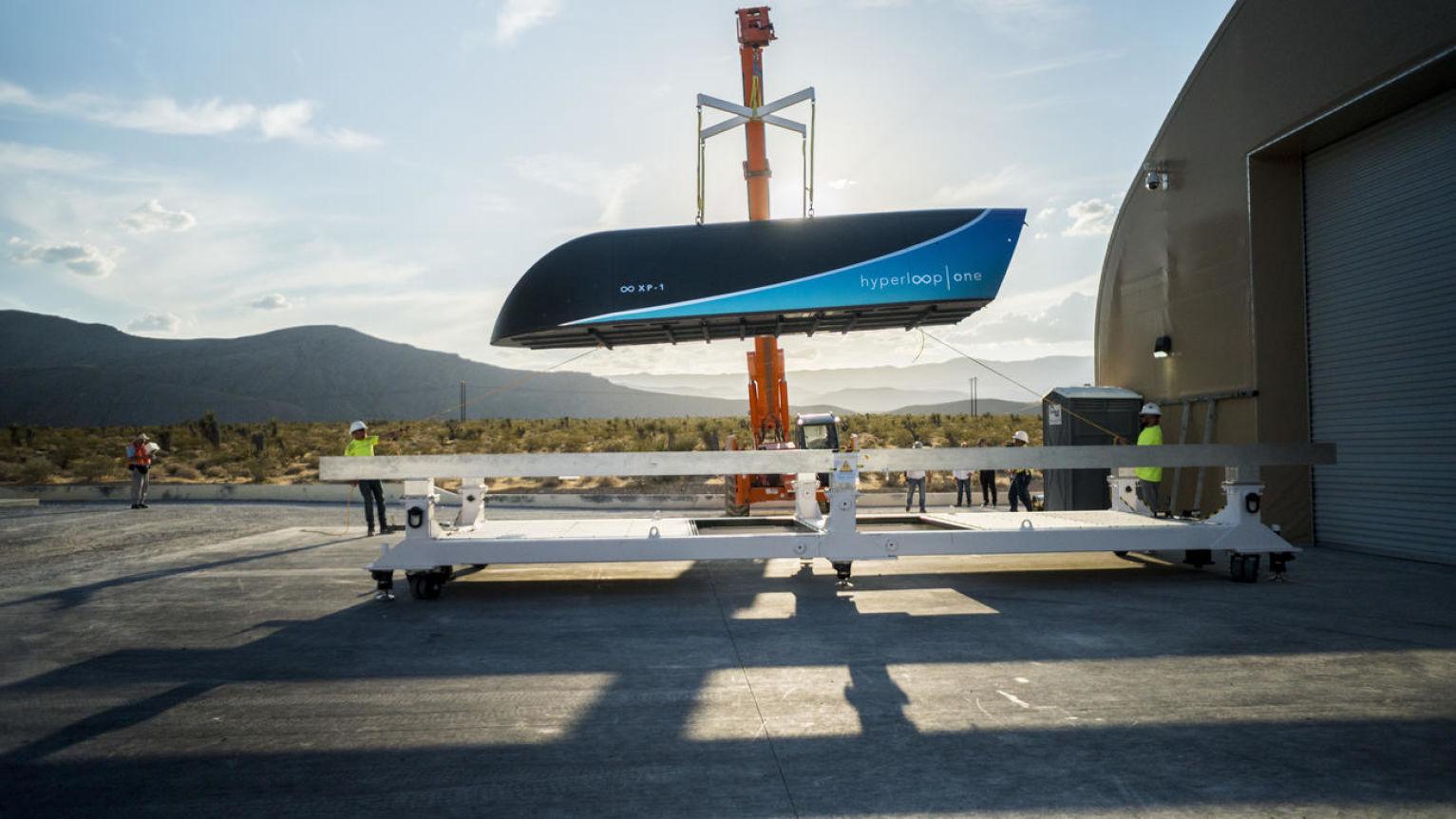 <i>Hyperloop One</i>, прототип вагона.