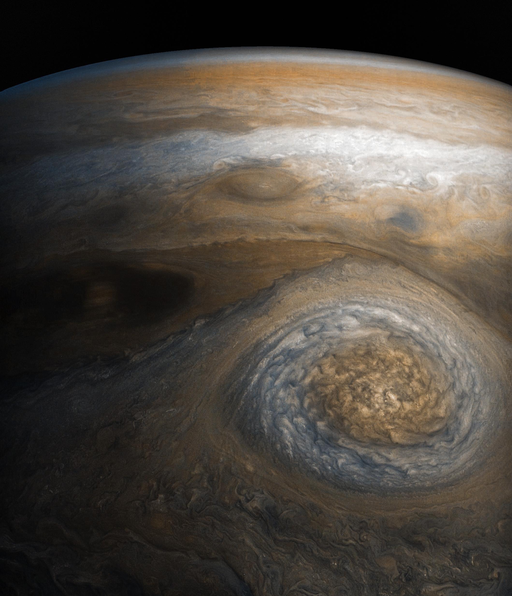 Малое красное пятно Юпитера. Снимок сделан 10 июля 2017 года.