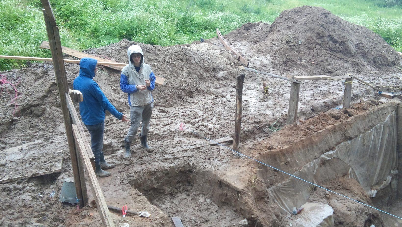 Раскоп после потопа