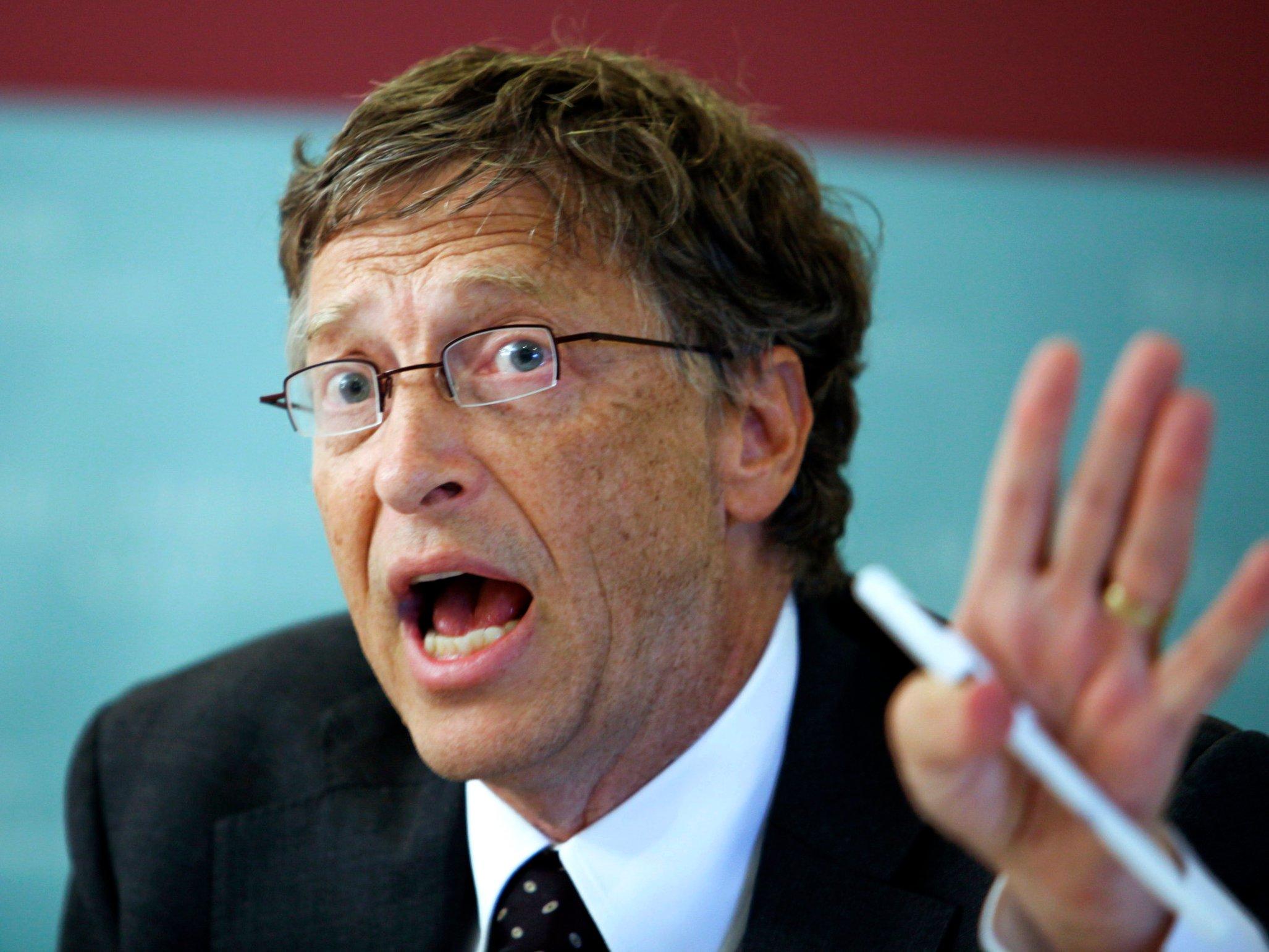 «Это пугает,— сказал Билл Гейтс.— Без инвестиций висследования иразработку унас небудет новых открытий, которые бы помогли замедлить распространение ВИЧ».