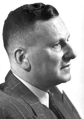 Швейцарский химик Пауль Мюллер.
