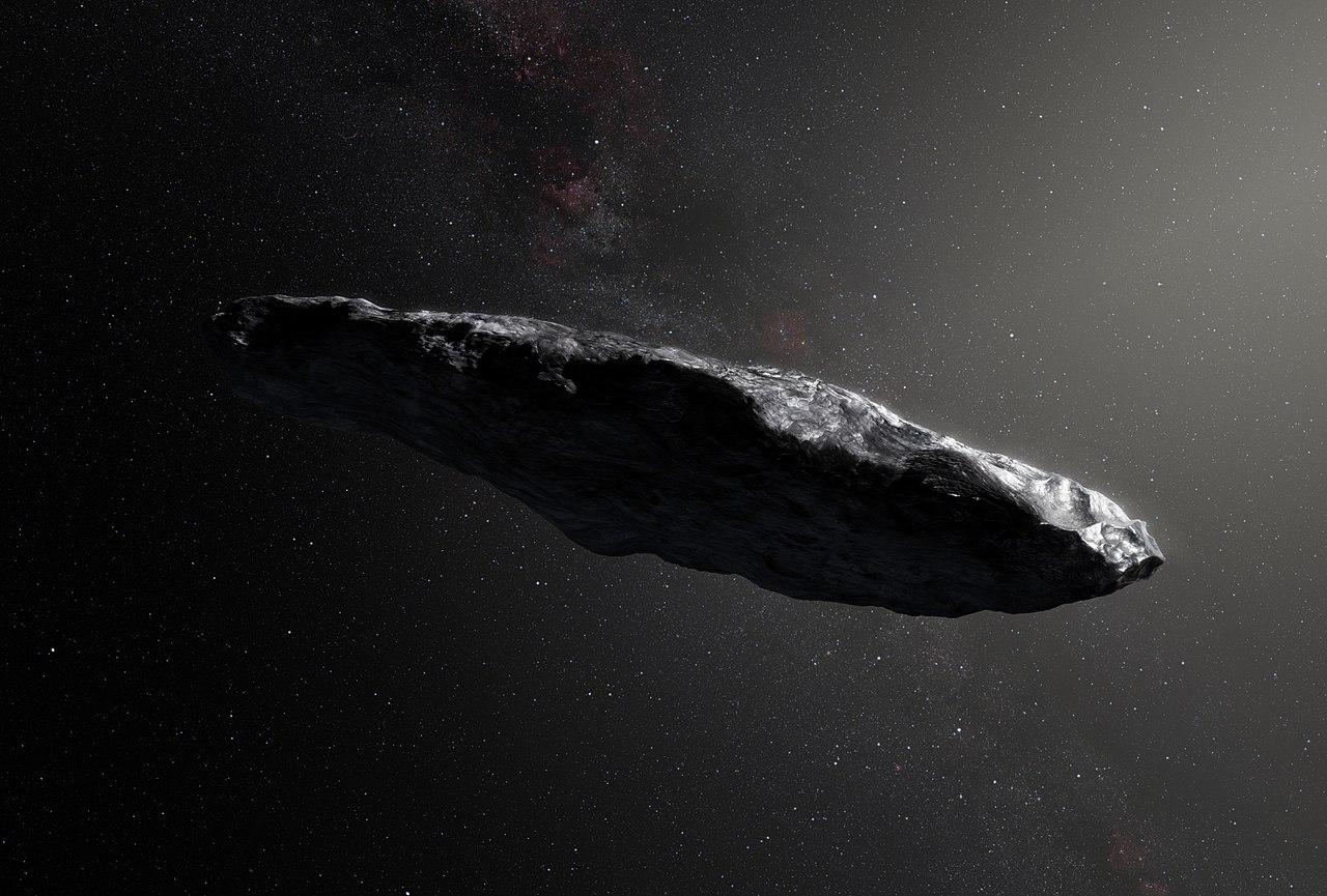 Первый известный межзвёздный астероид Оумуамуа впредставлении художника.