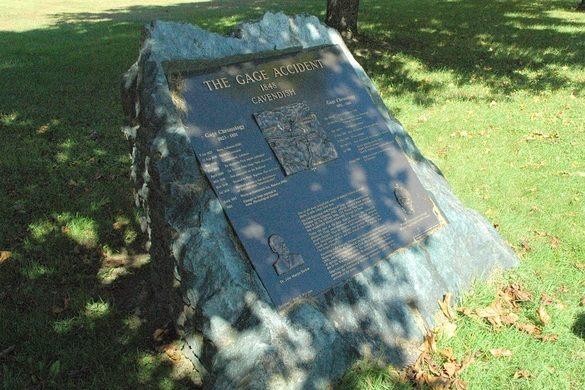Монумент вчесть Гейджа вгороде Кавендиш штата Вермонт, где ипроизошёл инцидент.