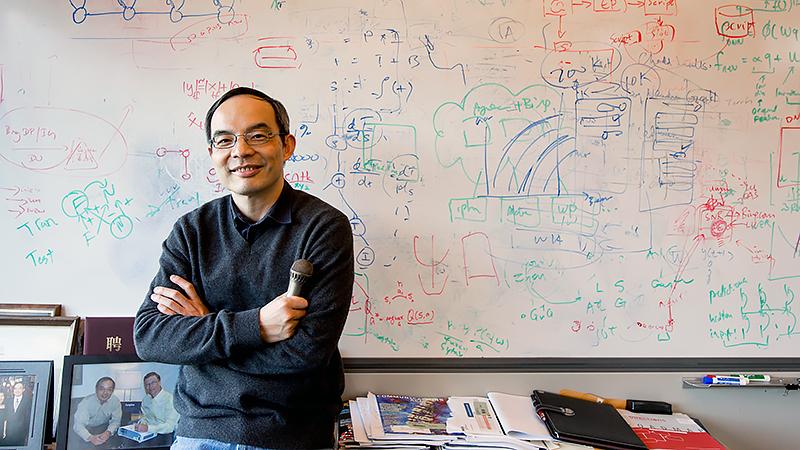 Сюэдун Хуан (Xuedong Huang), специалист, отвечающий вMicrosoft за направление по распознаванию естественной речи имашинный перевод.