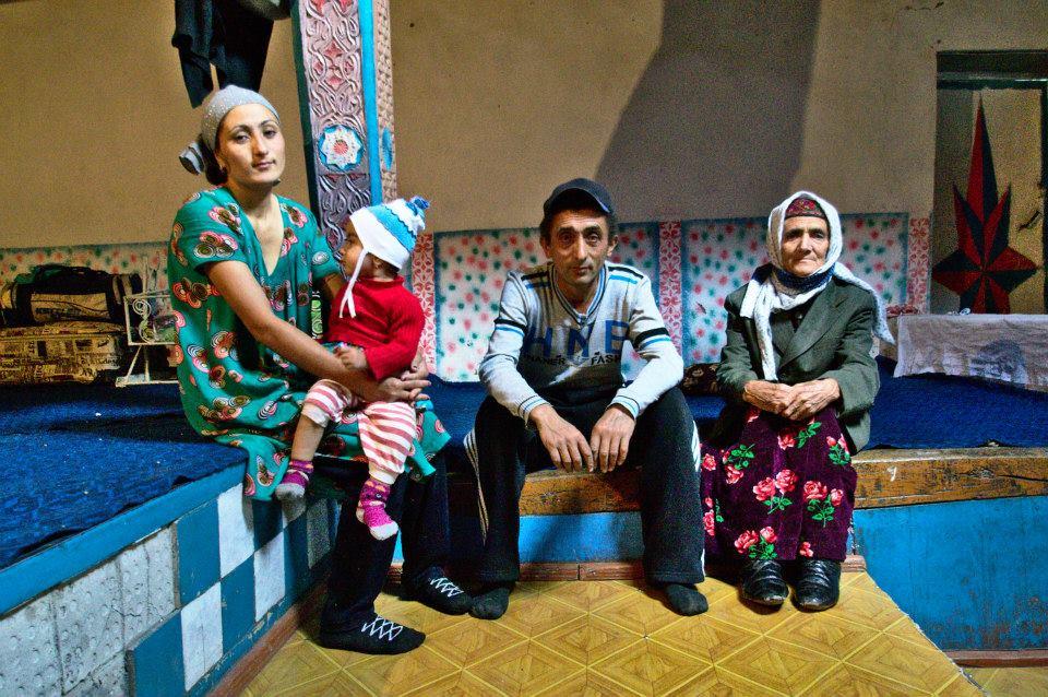 Семья со средним доходом