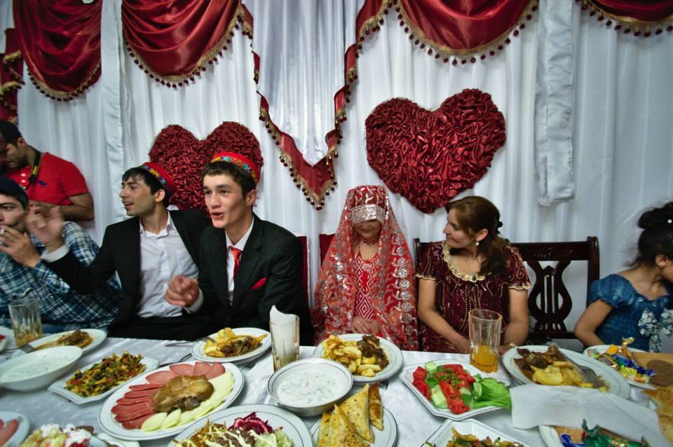 Свадьба людей сдостатком