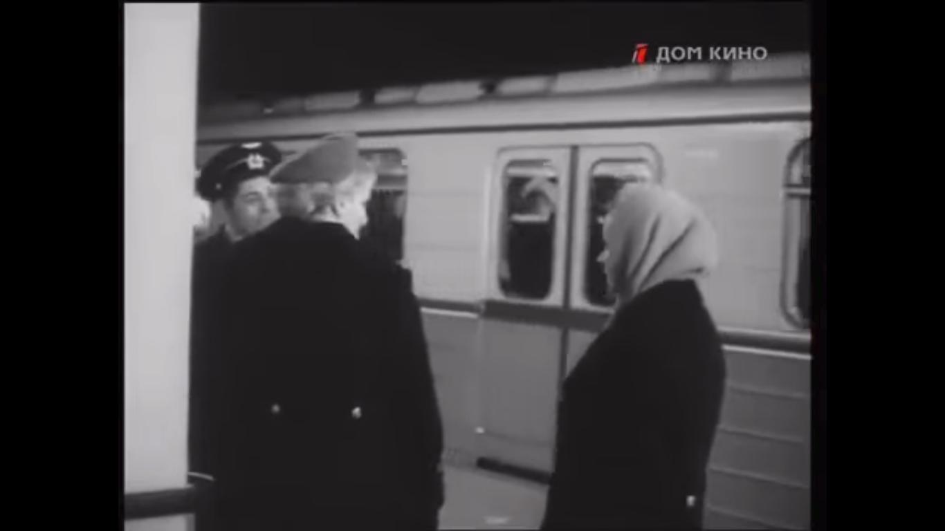 """Кадр из фильма """"Цвет белого снега"""", 1970-й год. Сравните сзаглавной фотографией, чтобы понять, что разница невелика."""