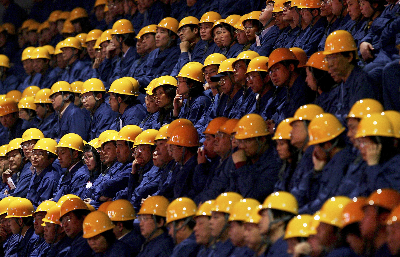 Если верить гонконгской газете, вКитае ЭЭГ сотрудников мониторят уже больше десятка компаний. Посмотрим, будет ли технология идальше набирать популярность ивыйдет ли за пределы Китая.