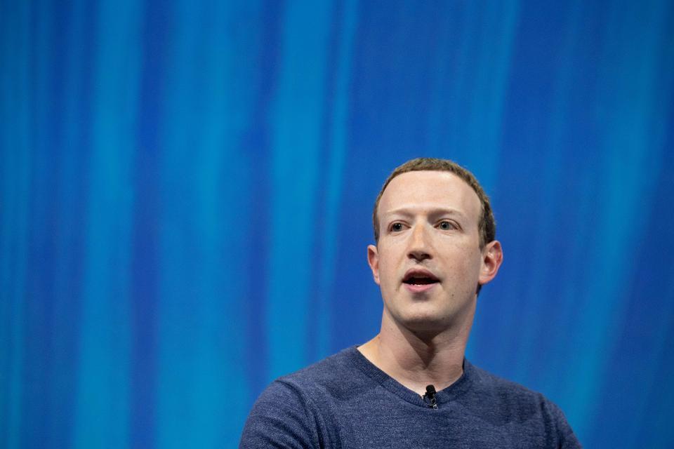 Марк Цукерберг, <i>Facebook</i>.