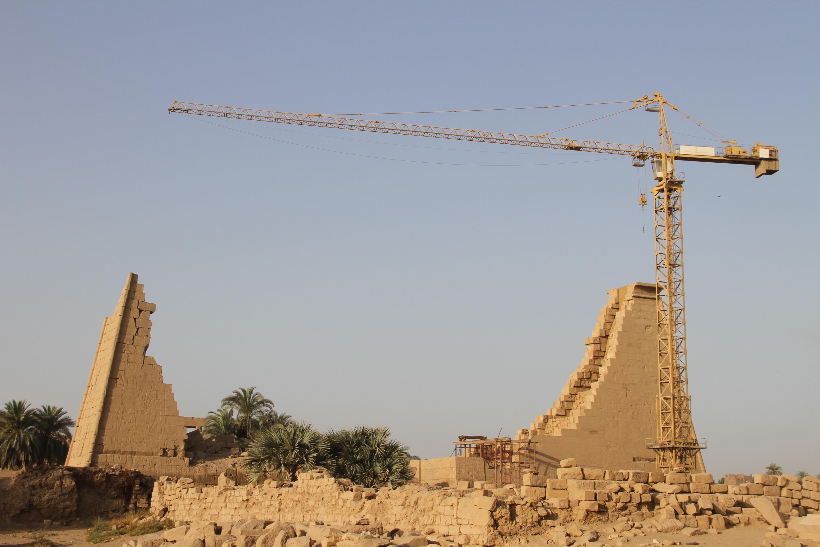 Восстановительные работы вКарнаке продолжаются