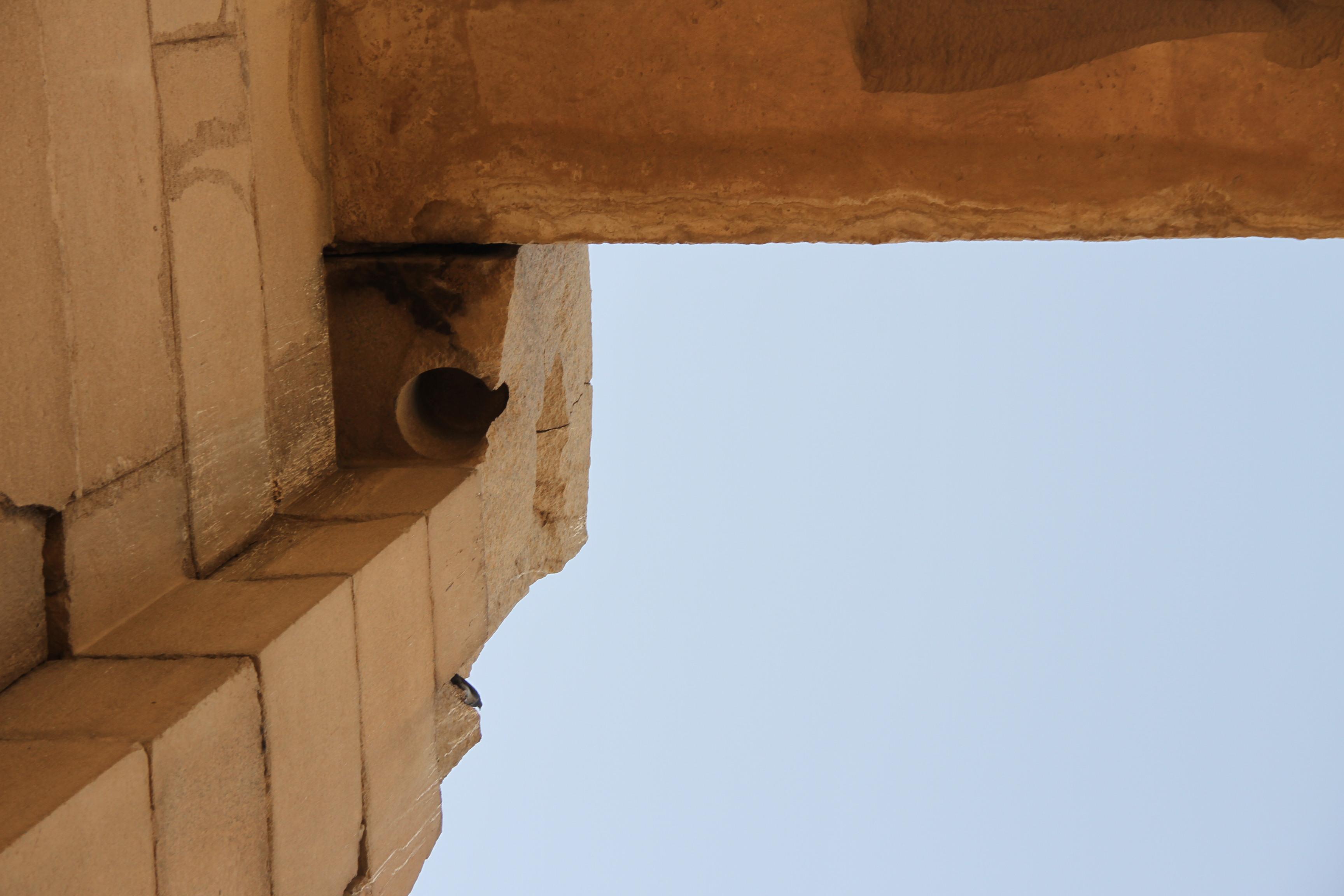 Высверленная ступица вворотах, одна из самых крупных. Карнак