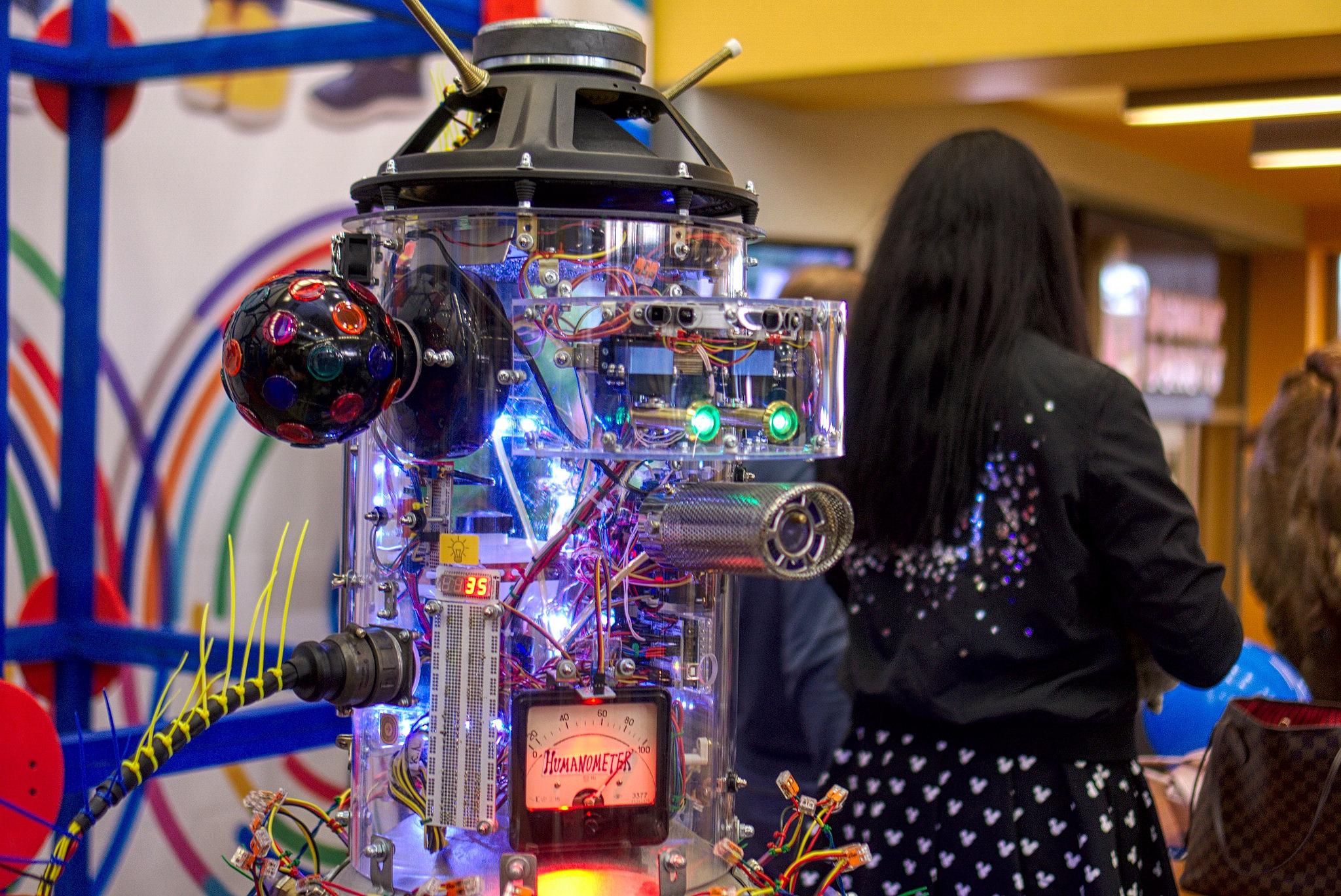 Третий фестиваль цифрового искусства итворчества <strong>Maker Faire Moscow</strong>.
