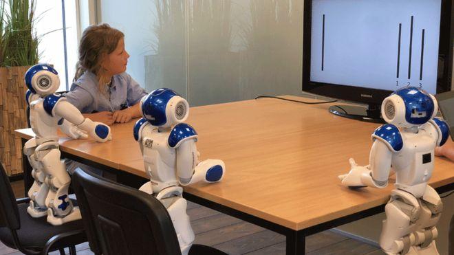 Учёные обнаружили, что роботы способны оказывать социальное давление надетей.