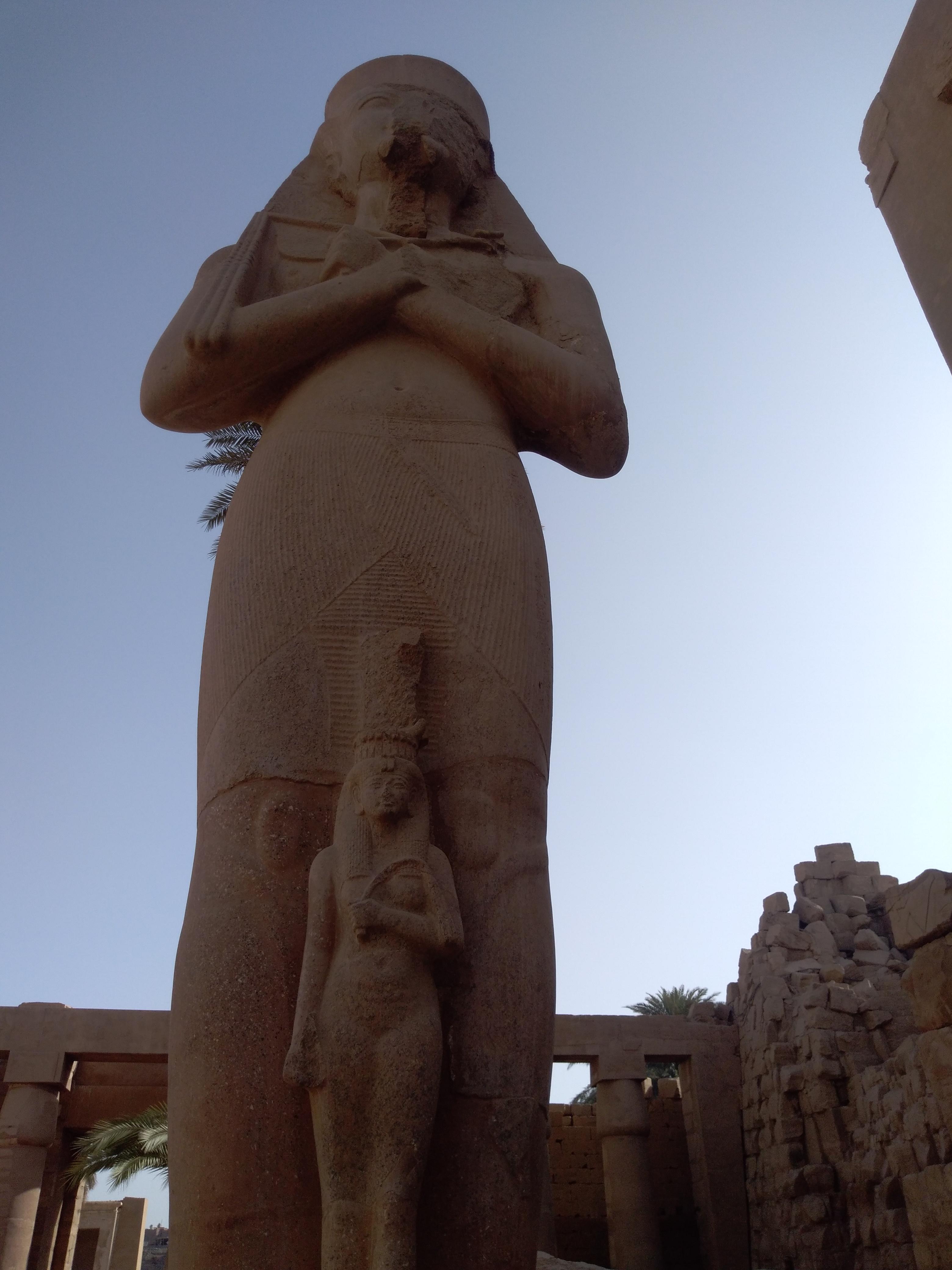 Статуя Рамсеса II вКарнаке