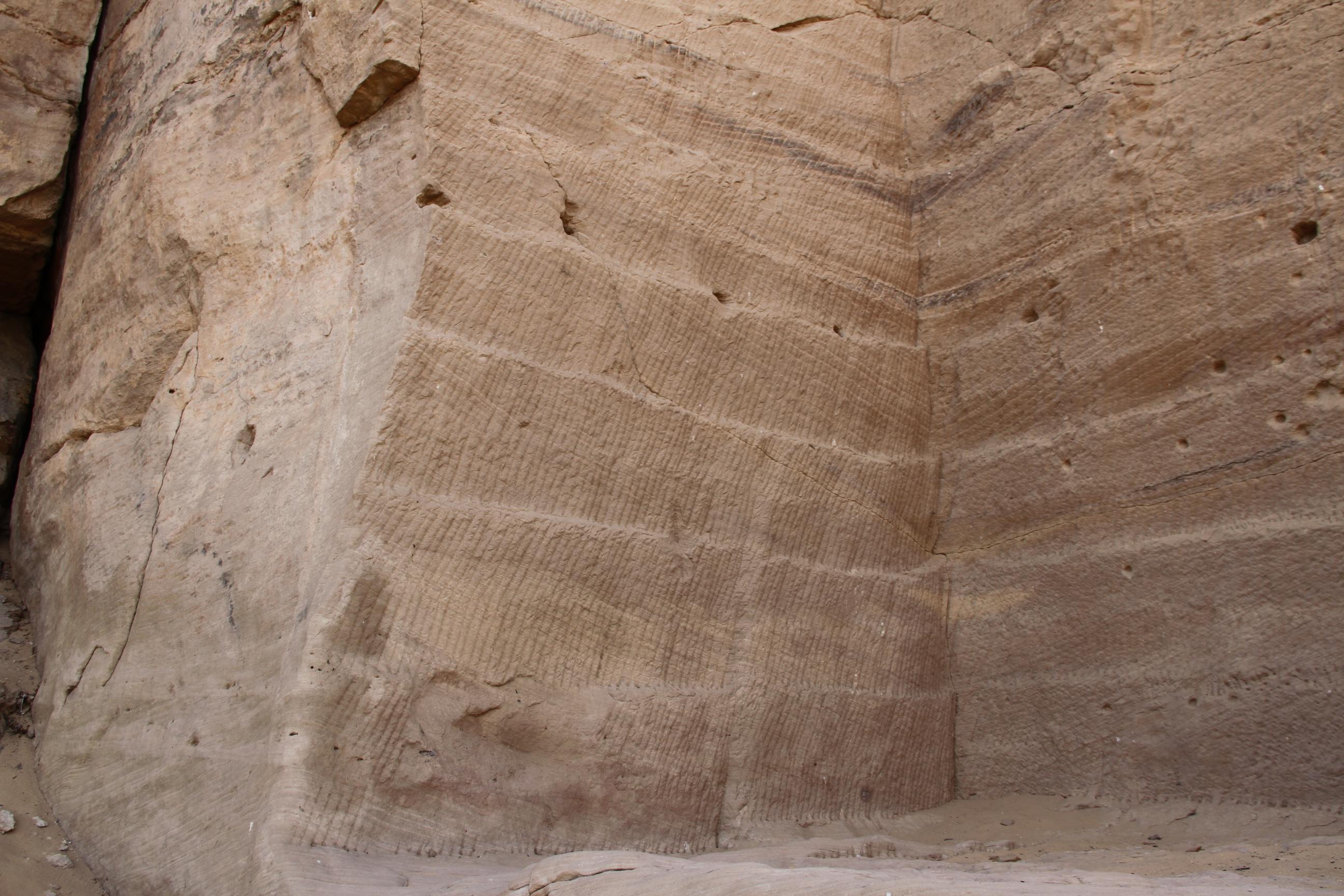Каменоломня вГебель Эль-Силсила. Здесь добывали песчаник для храмов Карнака