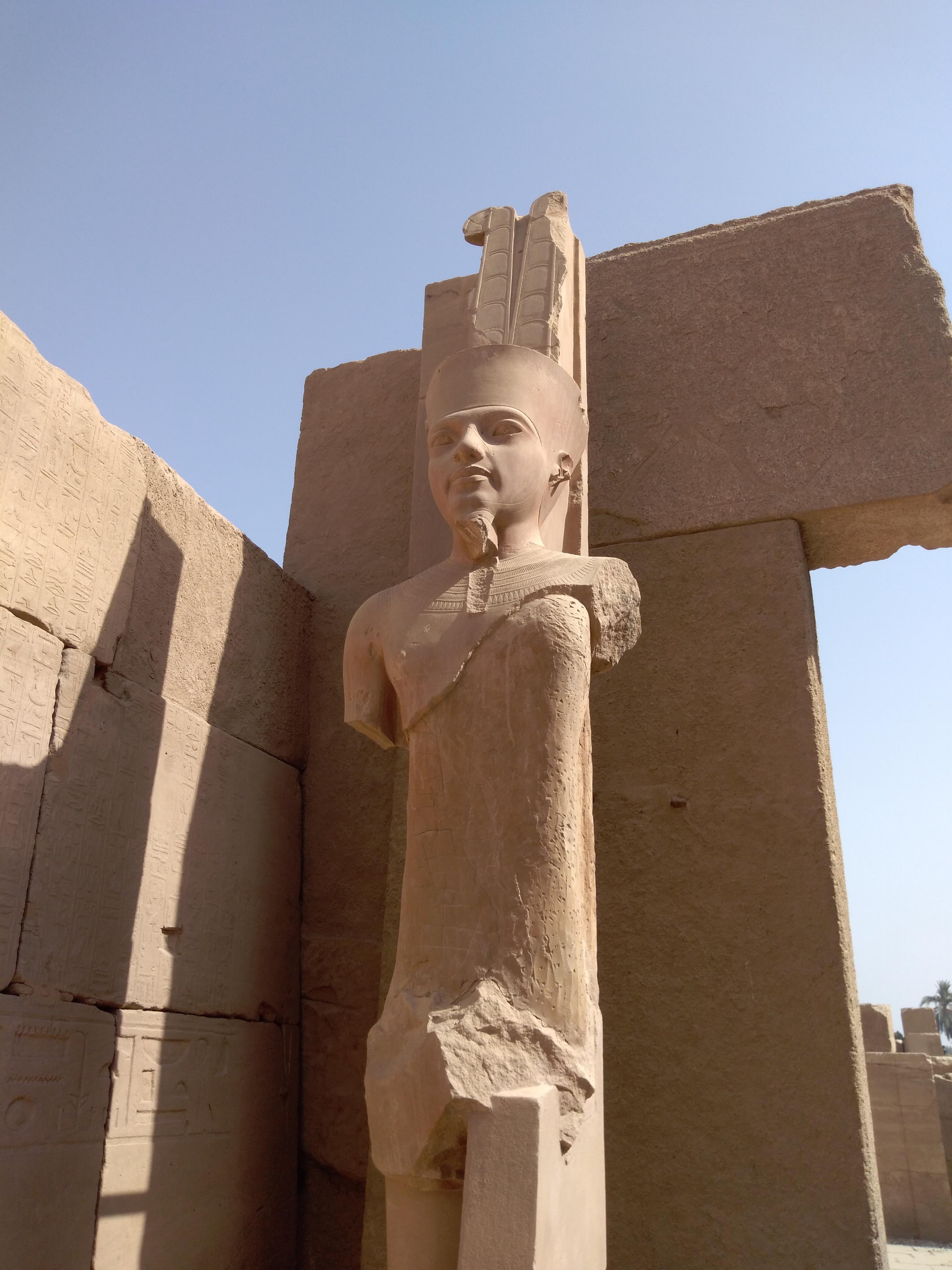 Статуя Амон-Ра слицом Тутанхамона