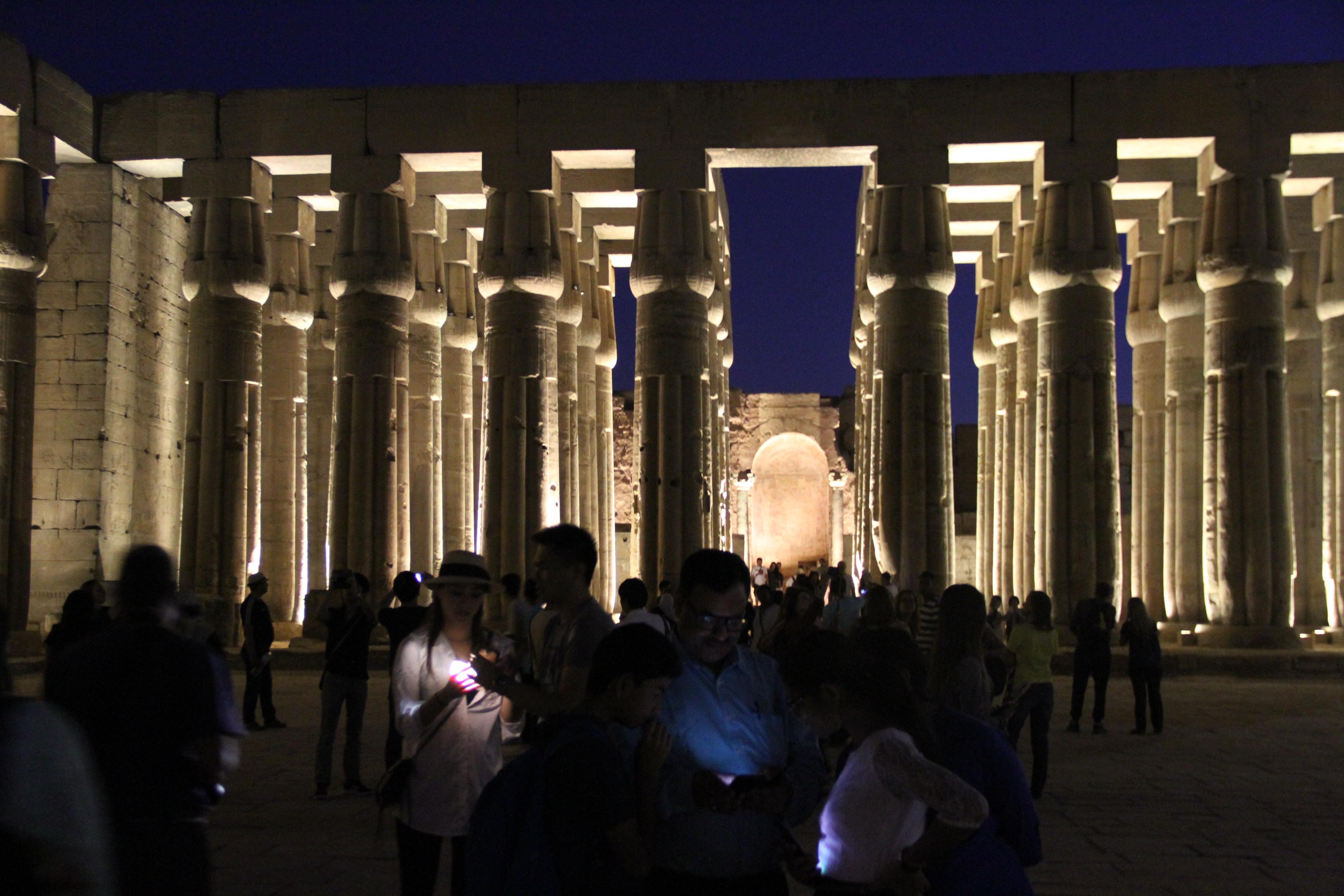 Вечер вЛуксорском храме.