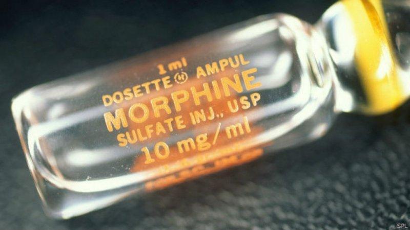 Ошибка при работе снаркотическими обезболивающими вРоссии может обернуться такими серьёзными последствиями, что многие врачи предпочитают просто неназначать «опасные» препараты.
