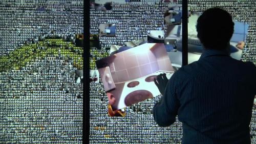Некоторые исследователи считают, что собрав достаточно данных очеловеке, будет возможно воссоздать его личность вцифровом виде. || Фото: кадр из фильма «Лимб», реж. Антуан Вивиани, 2015 год.