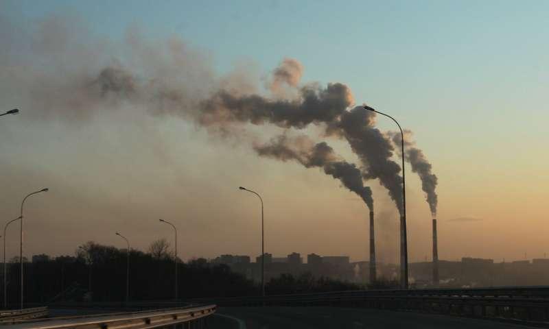 Выбросы провоцируют новые выбросы— говорится вновой научной статье.