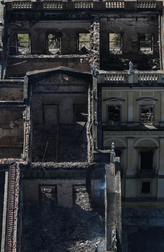 Вид навыгоревший музей сверху.