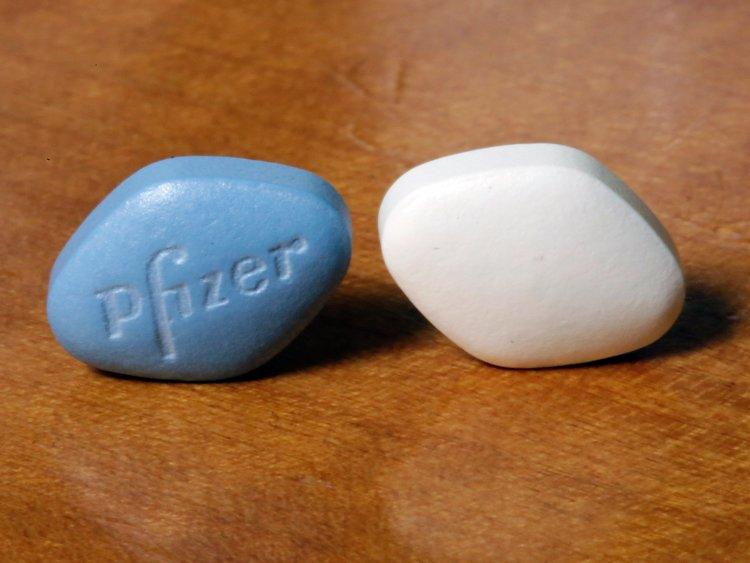 Дженерики «Виагры» винтернете можно приобрести дешевле, чем ваптеках, ибез рецепта. Но увлекаться этими препаратами медики несоветуют.