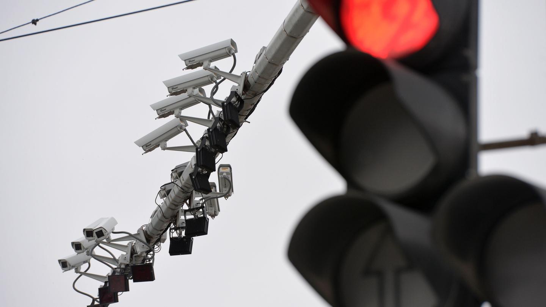 Фотокамеры, фиксирующие нарушения ПДД, уже привычны московским водителям.