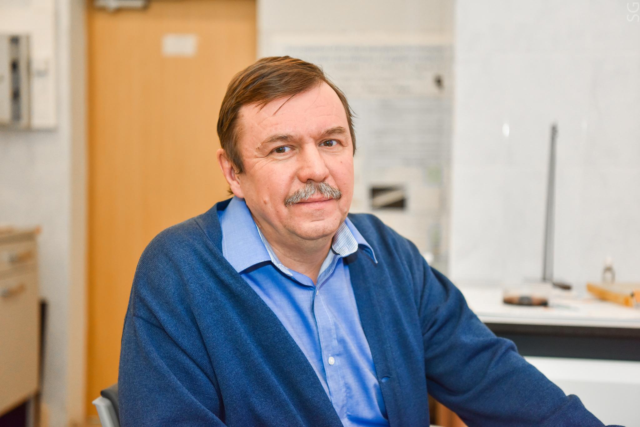 Руководитель проекта, научный сотрудник кафедры цветных металлов изолота НИТУ «МИСиС» к.ф.‑м.н. Сергей Гудошников.