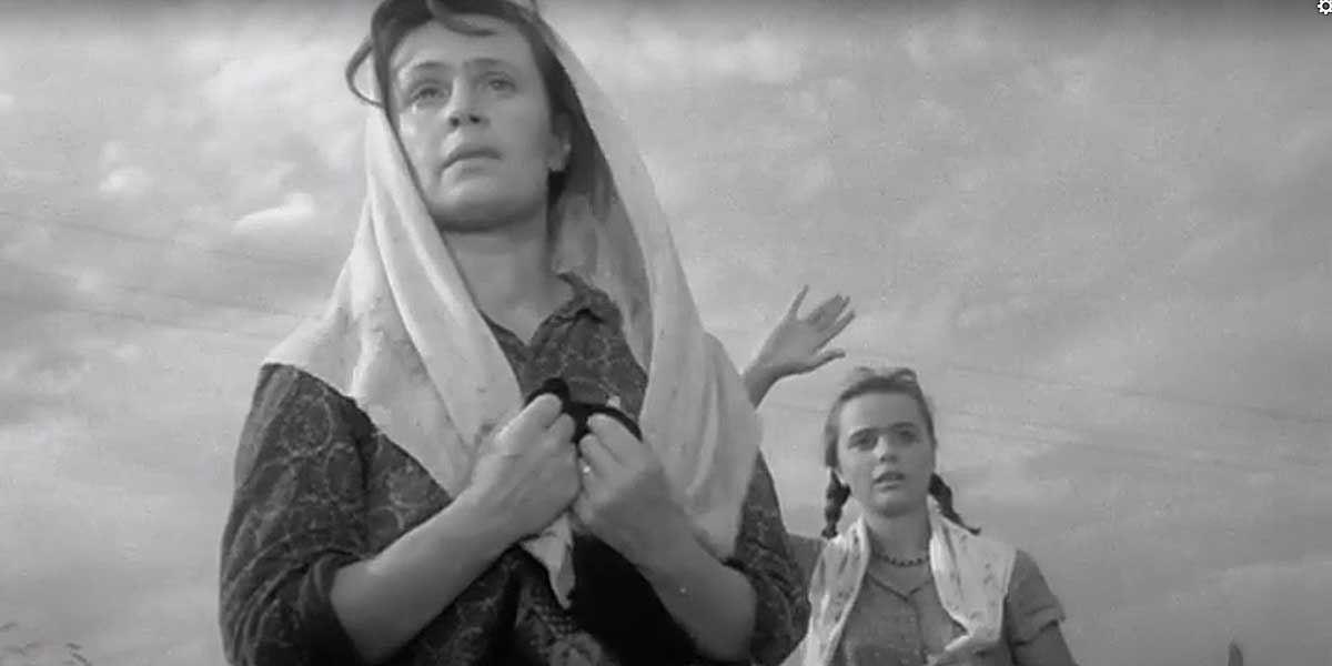 Мать вбалладе осолдате— героиня, ради которой ипроисходит весь фильм.