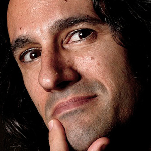 Агустин Фуэнтес (Agustín Fuentes)