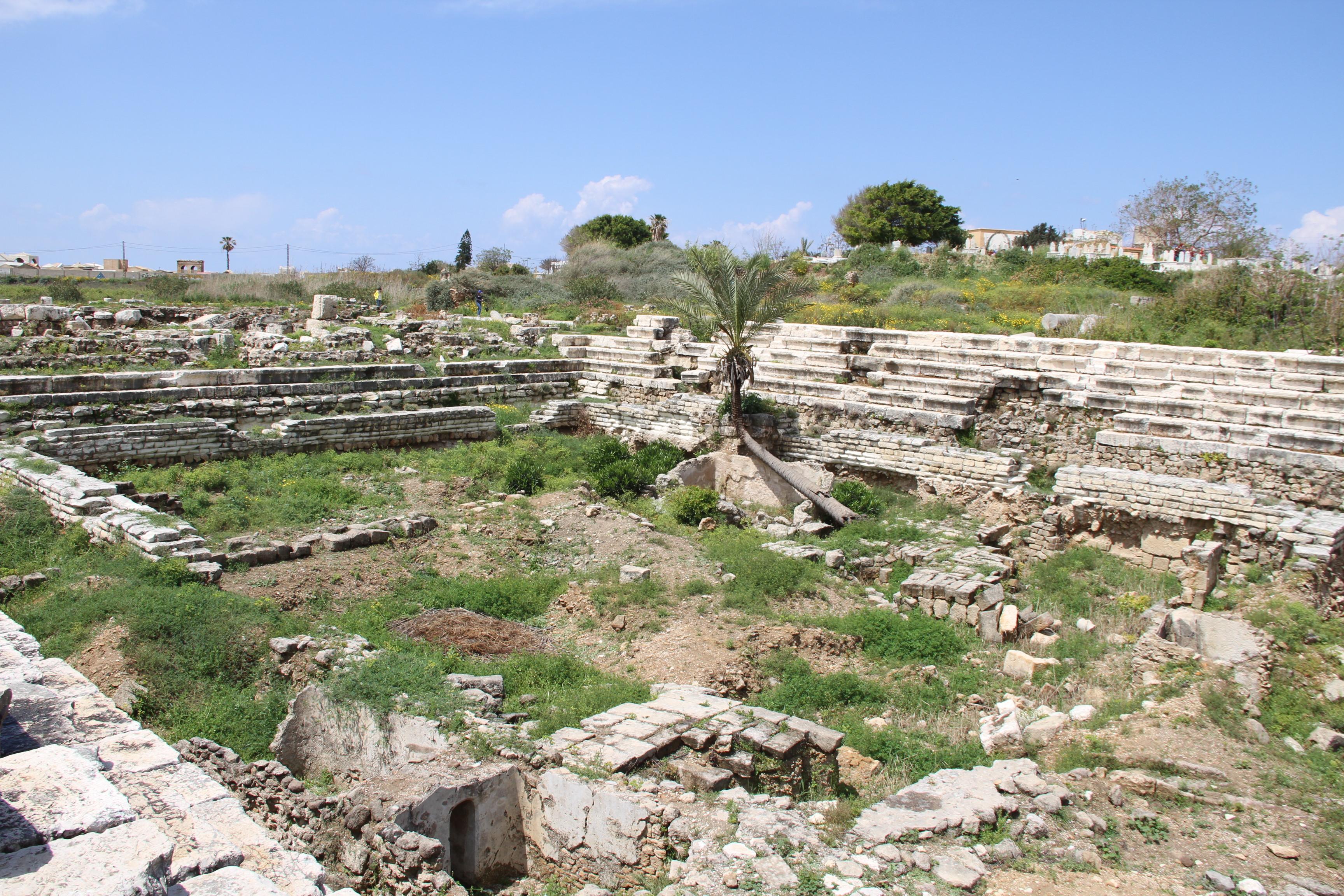 Руины римской арены вТире