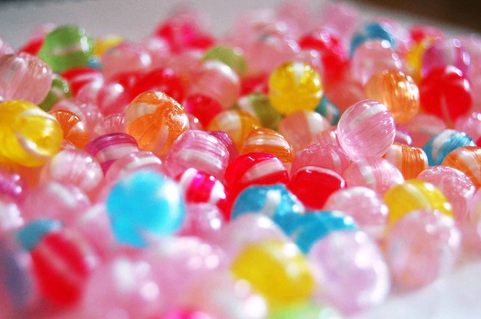 Думаете, что конфетка сделает вас бодрее ипоможет поднять настроение? Вероятно, вы ошибаетесь.